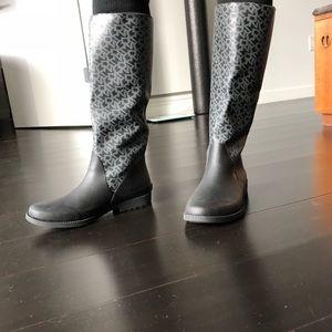 DKNY rainboots
